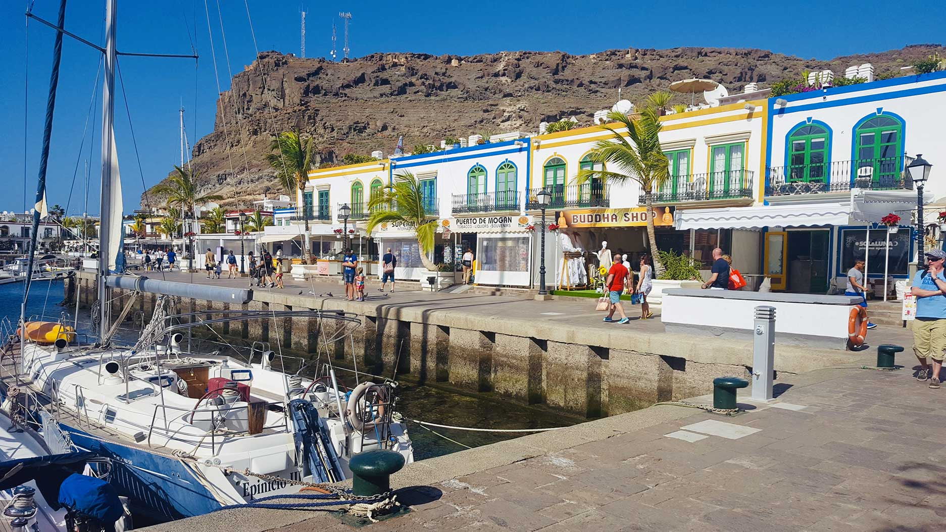 petit port de pêche aux canaries