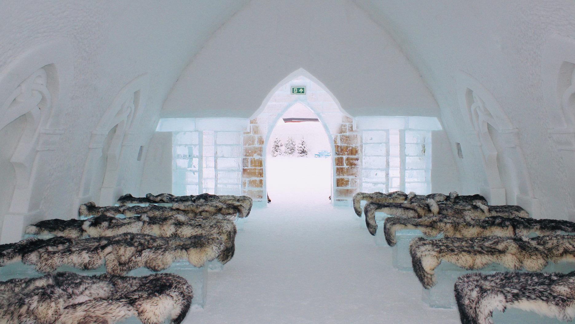 chapelle de l'hotel de glace